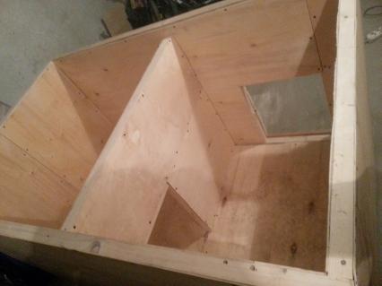 постройка будки для собаки из двойного бруса